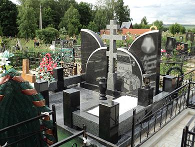 Памятник для двоих из литьевого мрамора