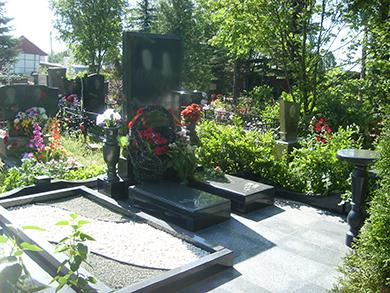 Надгробный памятник из литьевого мрамора