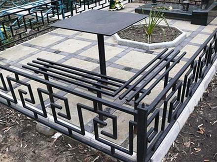 Сварные ограды на кладбище